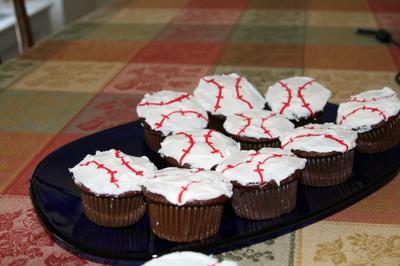 Baseball_cakes_003
